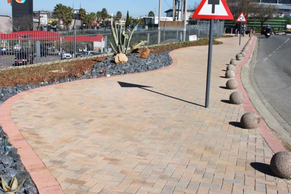 Commercial Walkway Paving